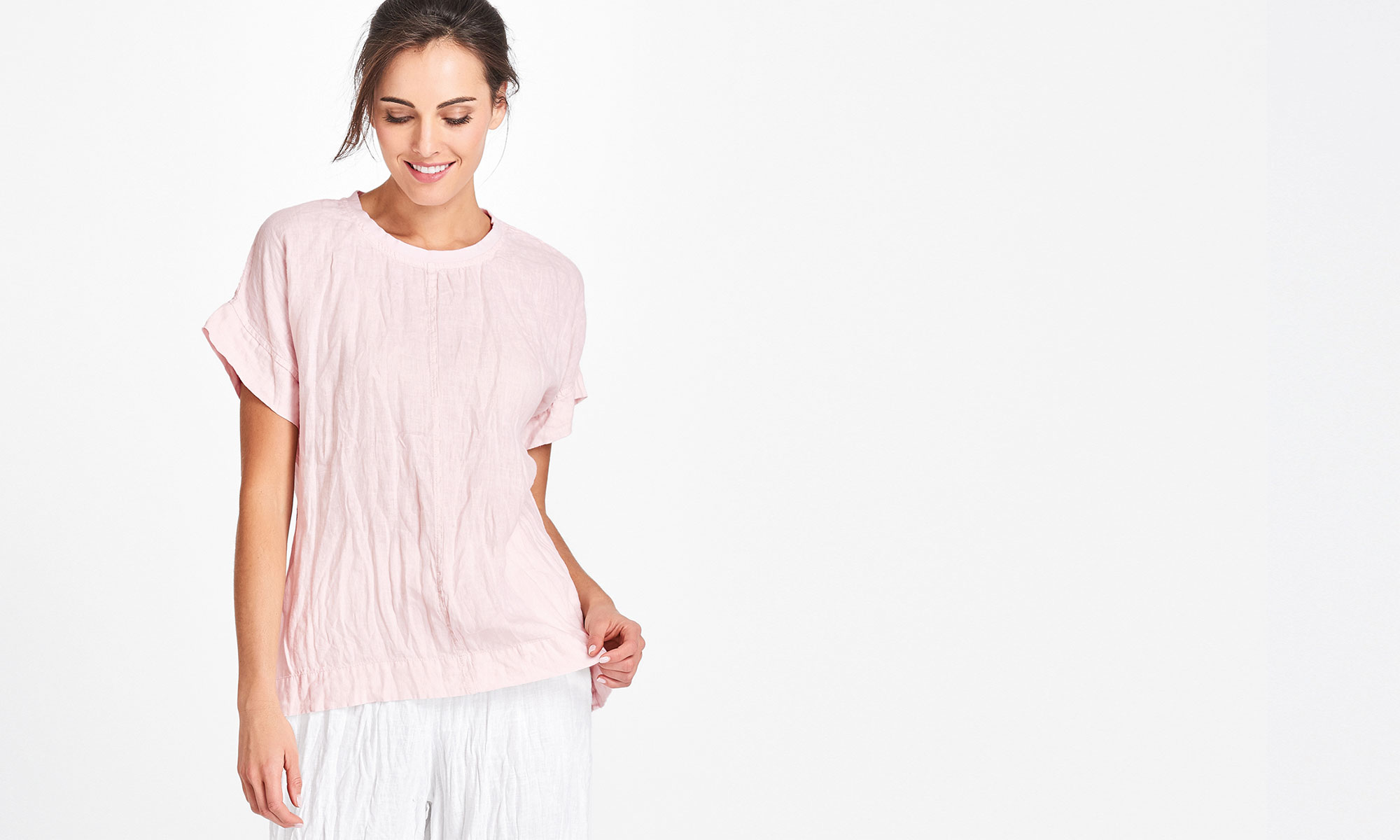 urban flax linen short sleeve top in pink